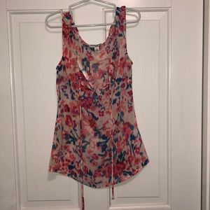 Flowered tank top blouse